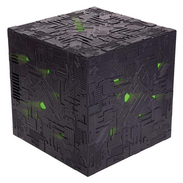 1cb0_borg_cube_fridge_closed