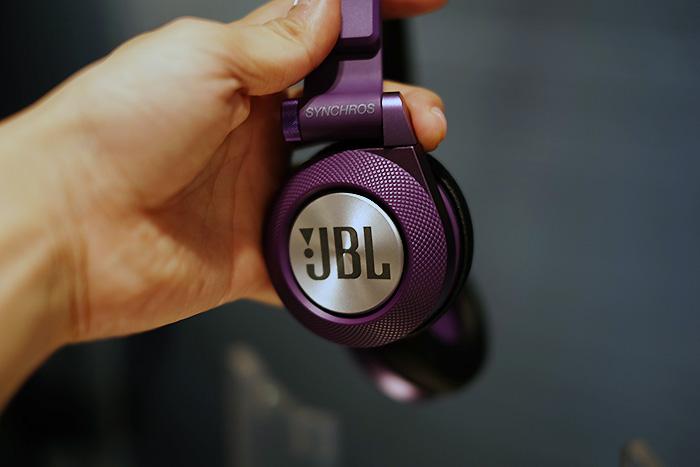 jbl_30