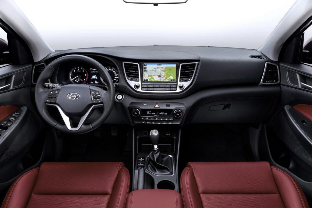 2016-Hyundai-Tucson-1