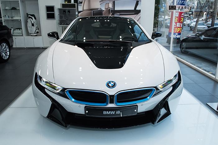 BMW-i8_008