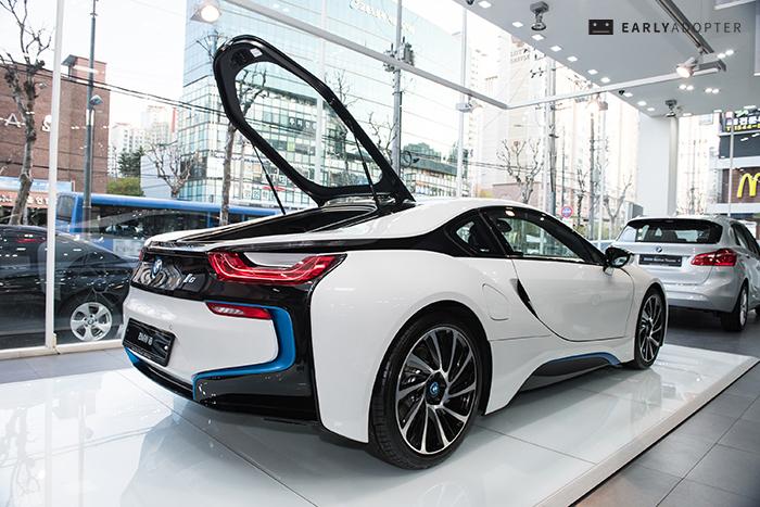 BMW-i8_018
