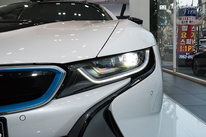 BMW-i8_022
