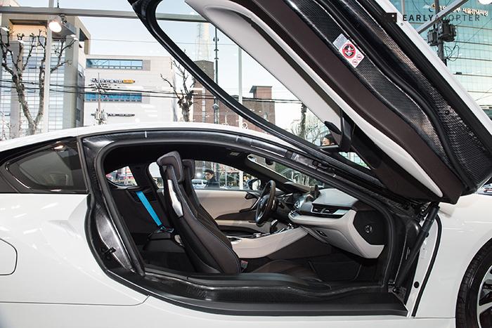 BMW-i8_029