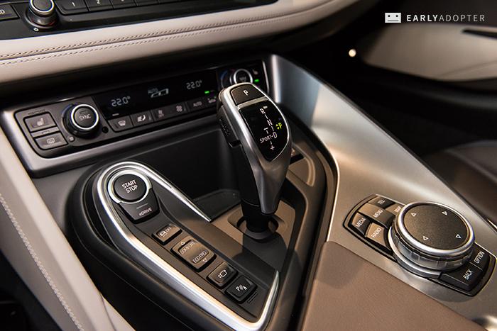 BMW-i8_042
