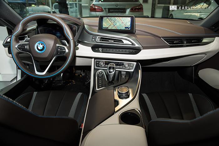 BMW-i8_049