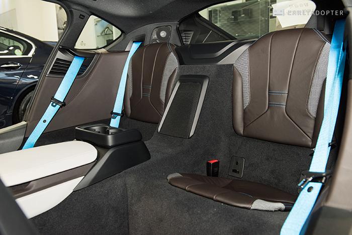 BMW-i8_052