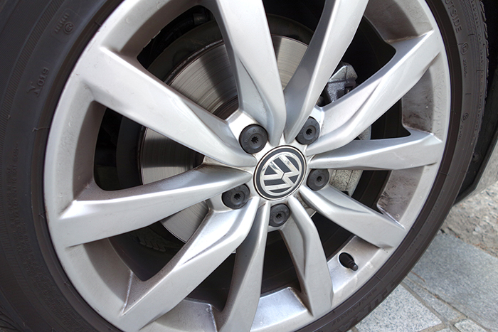 VW-GOLF-04