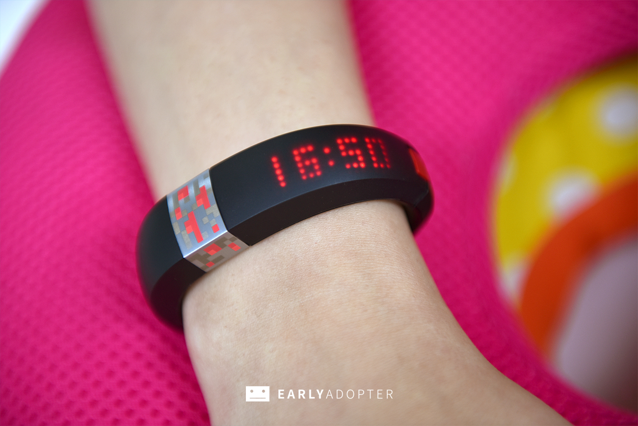 gameband minecraft wearable band review (4)