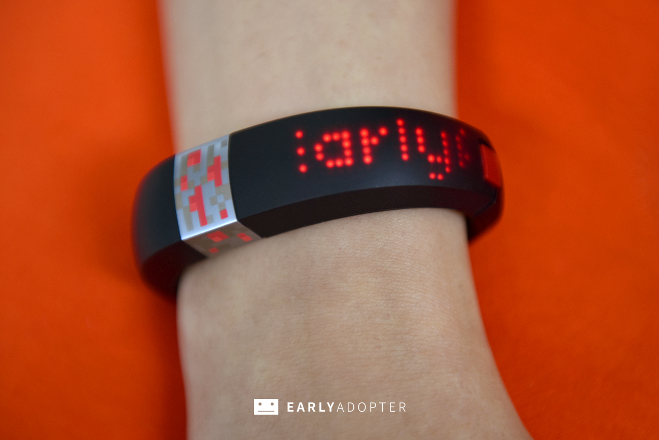 gameband minecraft wearable band review (5)