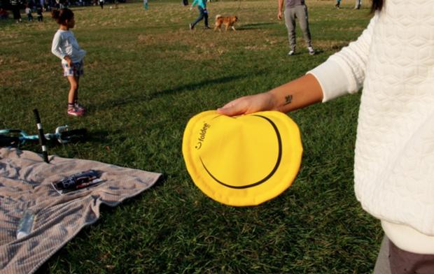 foldie flying folding disc (2)