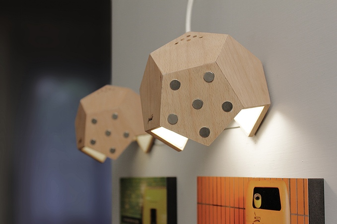d-twelve lamp modular magnetic lighting system (4)