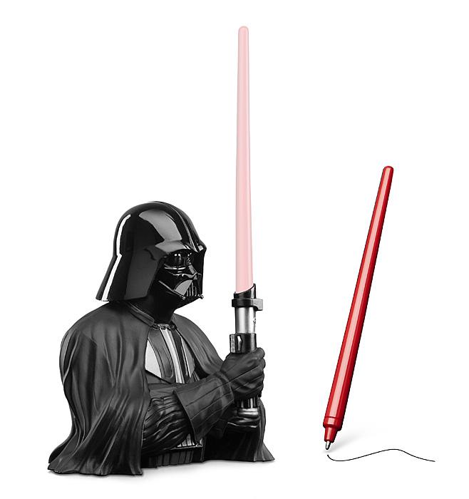 Darth Vader Pen Holder (1)