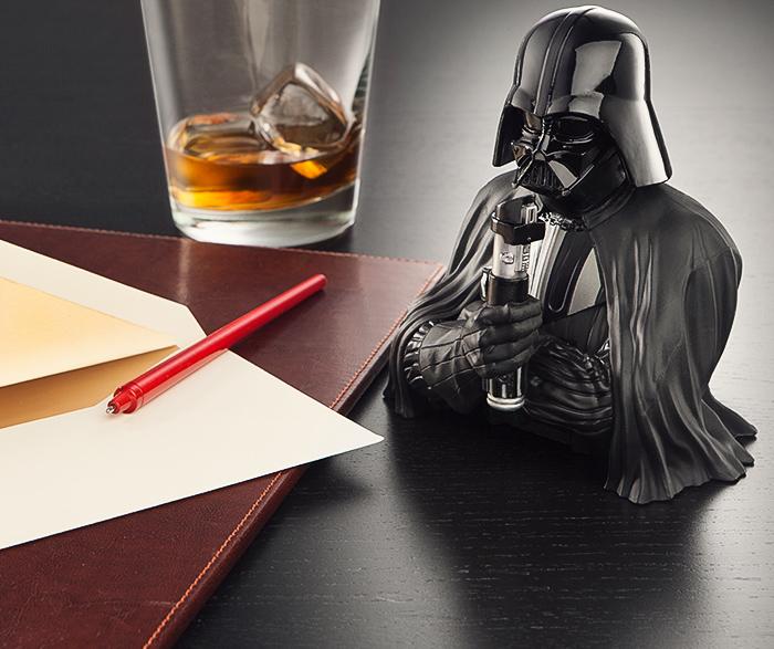 Darth Vader Pen Holder (2)