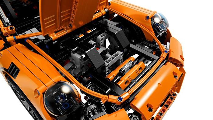porsche 911 GT3 RS lego (4)