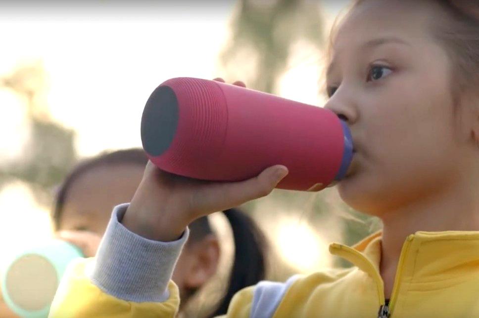 Gululu-Interactive-Water-Bottle-for-Kids (4)