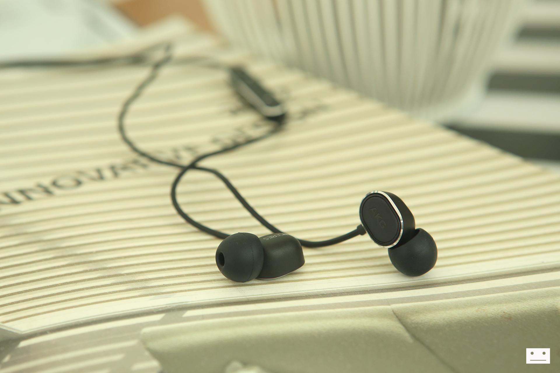 akg n20 earphone review (3)