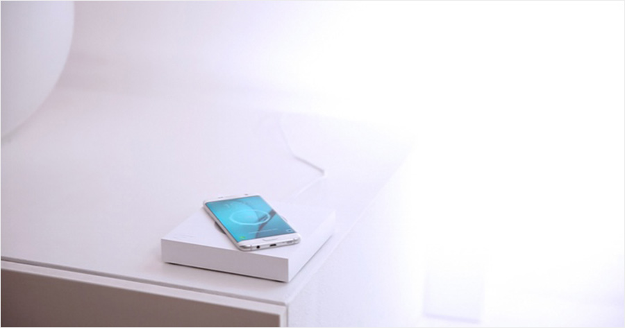 Anti Gravity Levitating Smartwatch Charger and Lamp - LIFT (0)