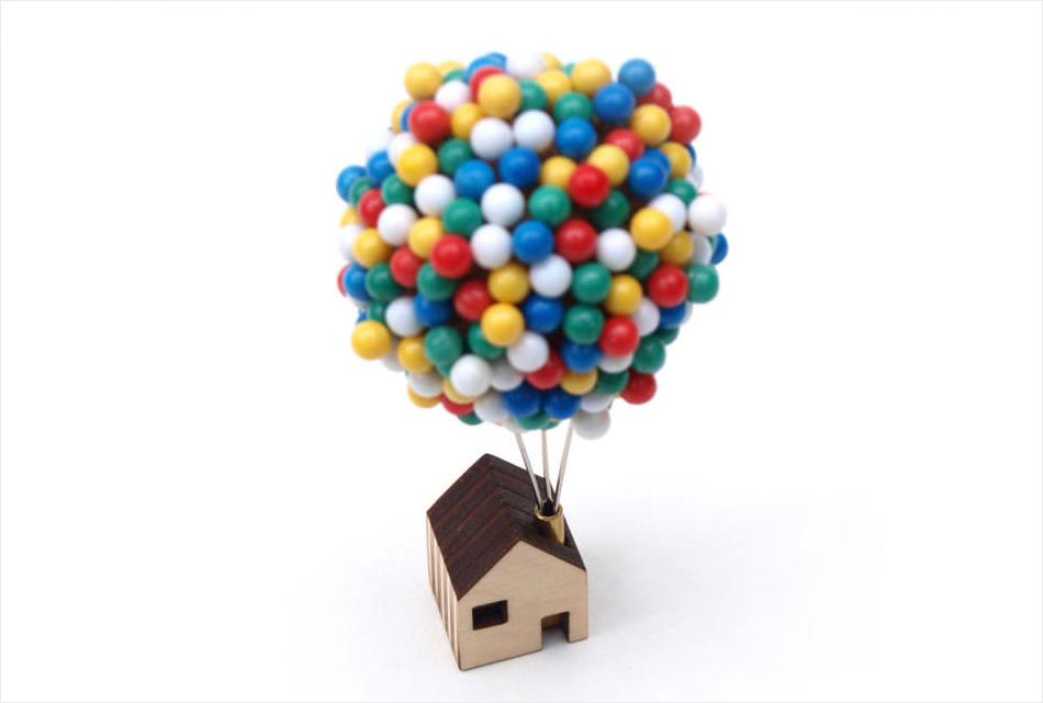 Balloon Pin House (1)
