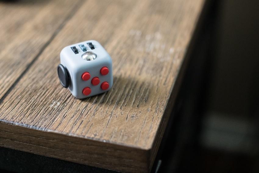 Fidget Cube_ (1)