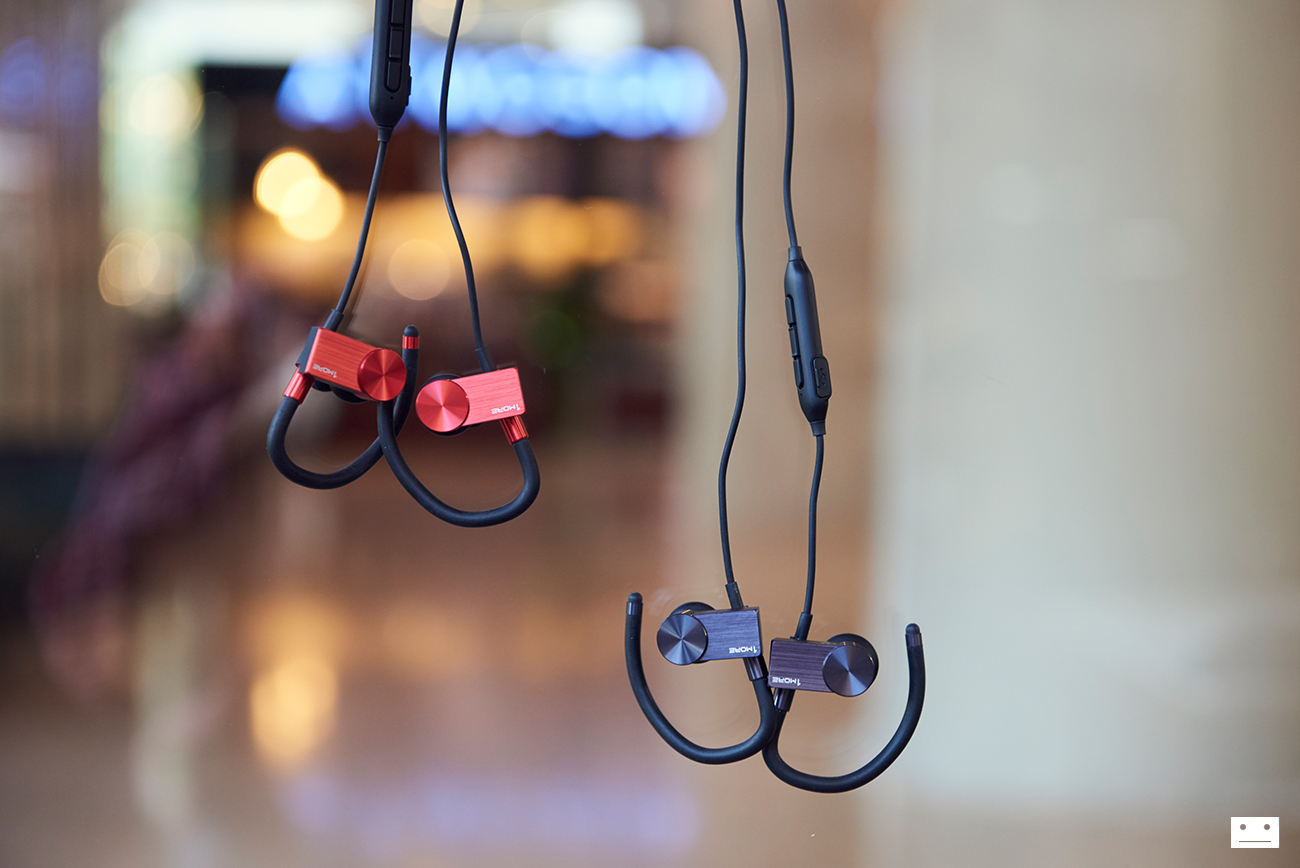 1more-eb100-active-cluetooth-in-ear-headphones-earphone-review-1