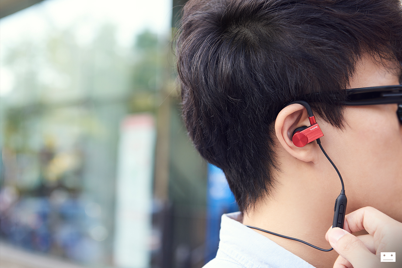 1more-eb100-active-cluetooth-in-ear-headphones-earphone-review-11