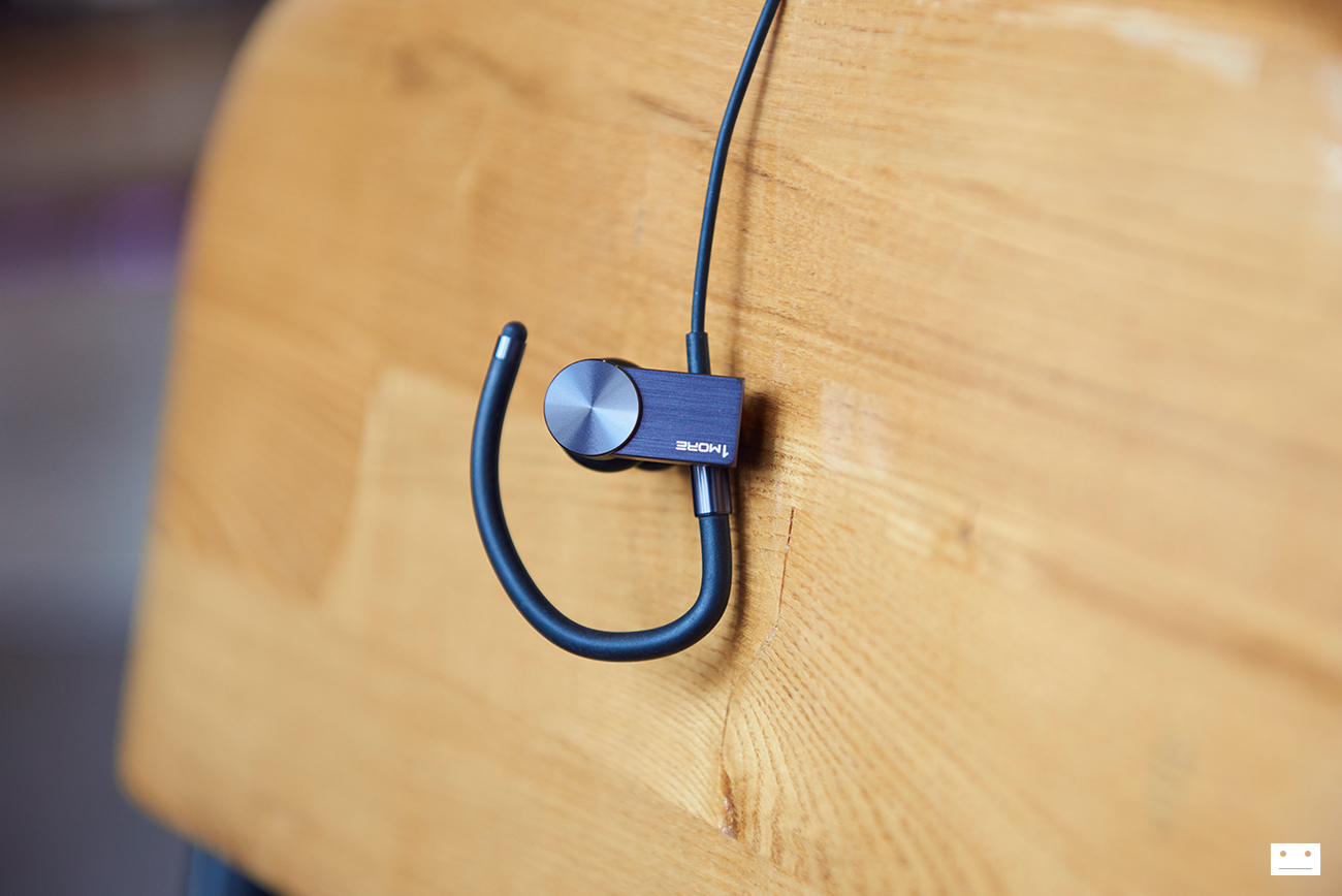1more-eb100-active-cluetooth-in-ear-headphones-earphone-review-4