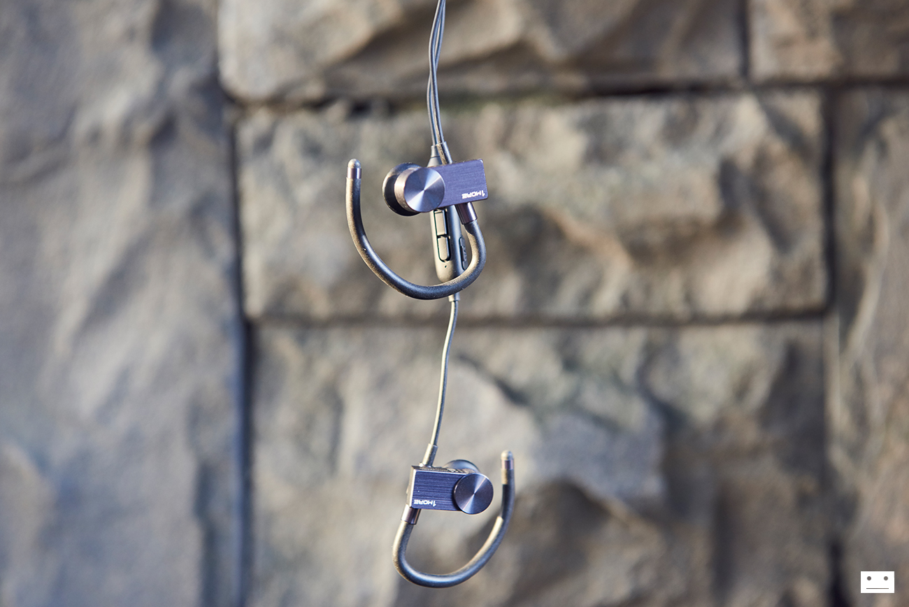 1more-eb100-active-cluetooth-in-ear-headphones-earphone-review-8