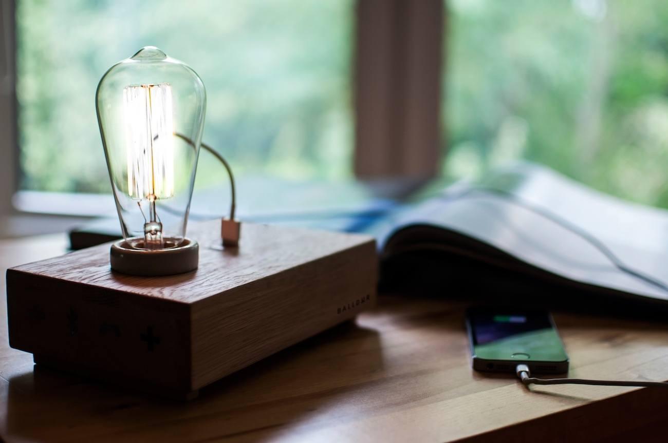 balldur-the-multi-function-handmade-wooden-sound-lamp-3