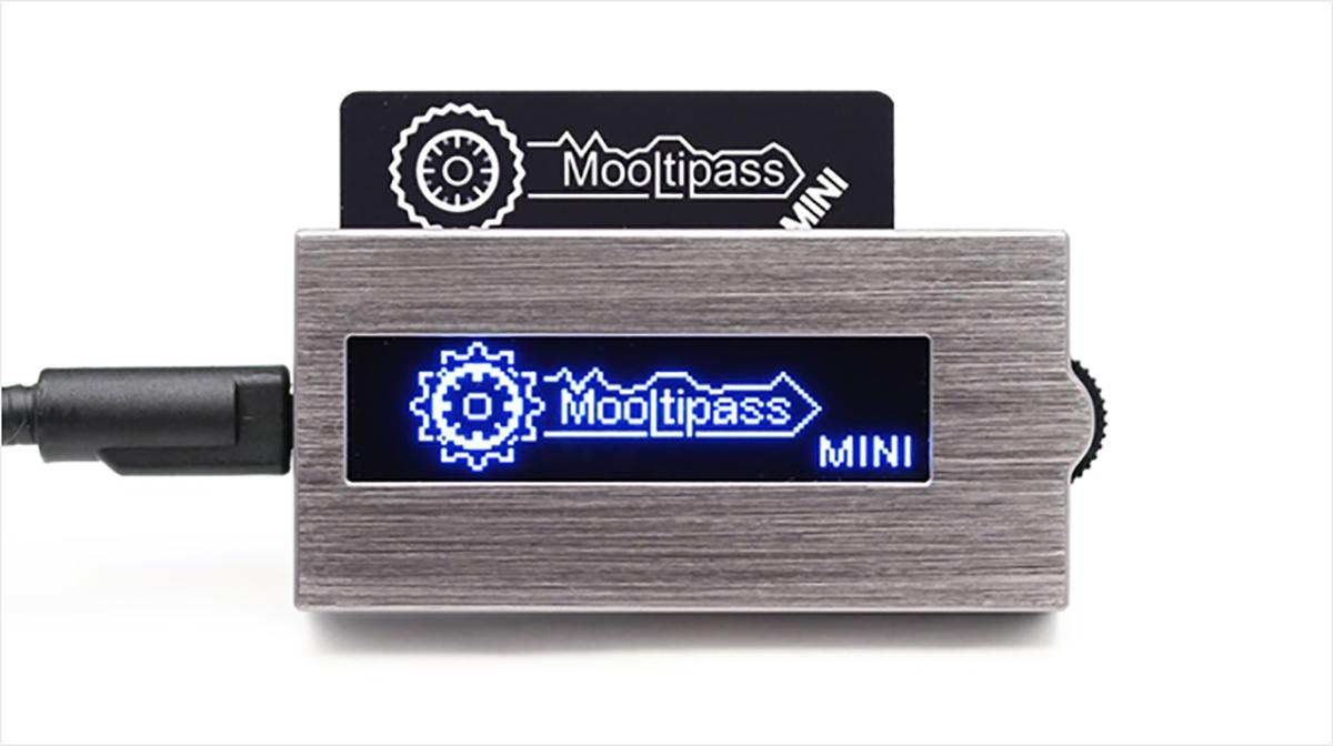 mooltipass-mini-1