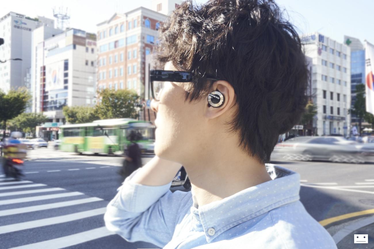 onkyo-wireless-bluetooth-earphones-w800bt-review-15