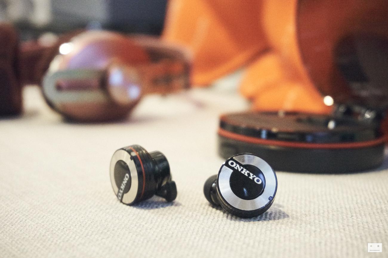 onkyo-wireless-bluetooth-earphones-w800bt-review-20