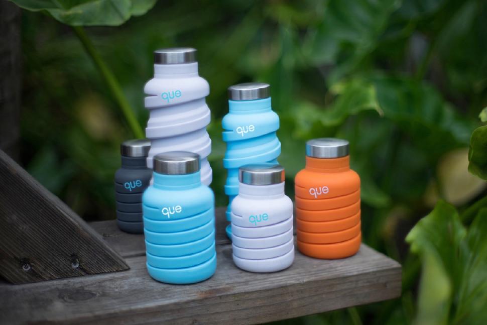 que-fashionable-collapsible-travel-bottle-2