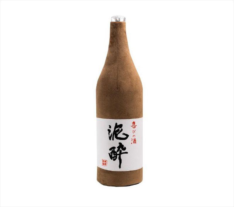 ishobin-sake-bottle-pillow-1