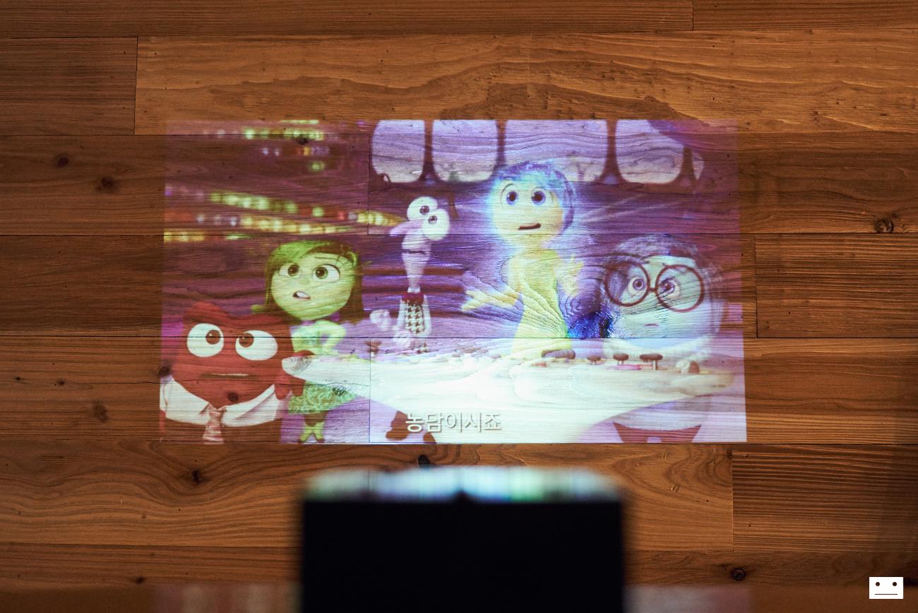 uo-smartbeam-laser-nx-bigbang-10th-anniversary-edition-projector-5