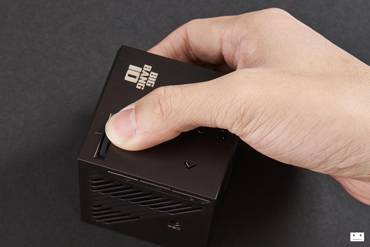 uo-smartbeam-laser-nx-bigbang-10th-anniversary-edition-projector-8