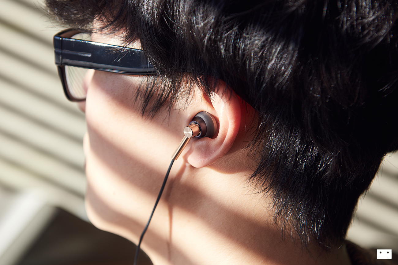 1more-e1008-dual-driver-earbuds-open-type-earphone-review-12