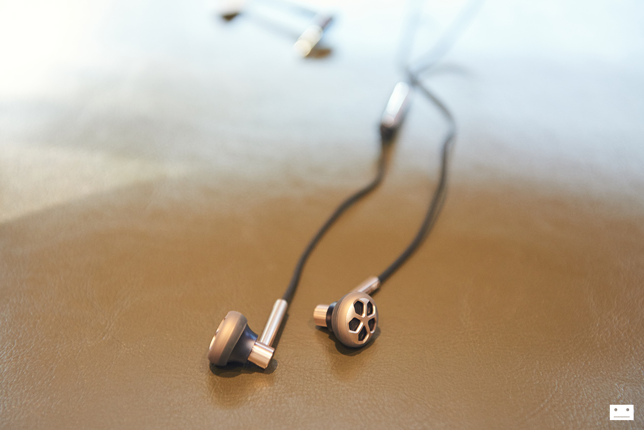 1more-e1008-dual-driver-earbuds-open-type-earphone-review-9