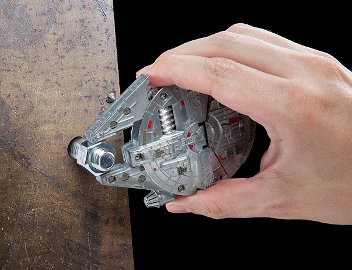 millennium-falcon-multi-tool-4