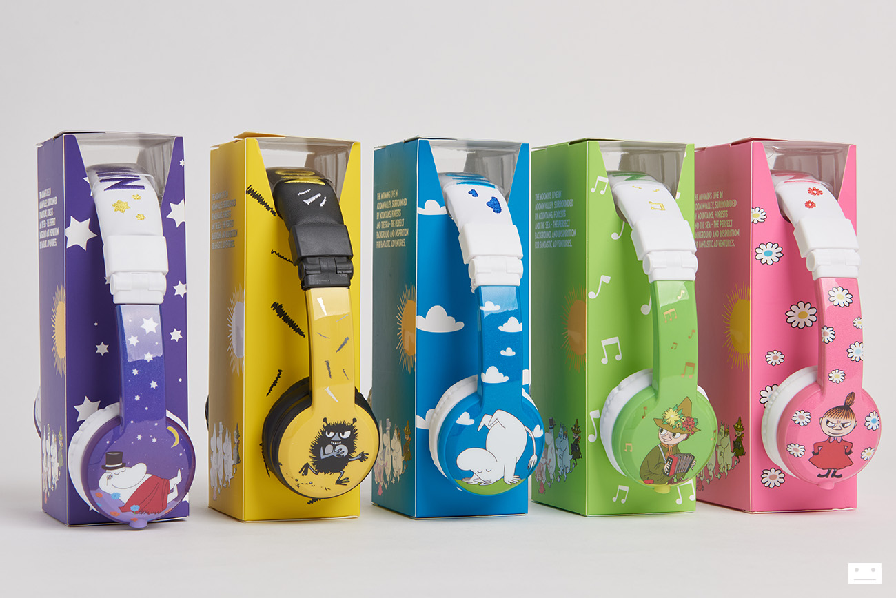 onandoff-buddyphones-moomin-collaboration-headphones-for-kids-4