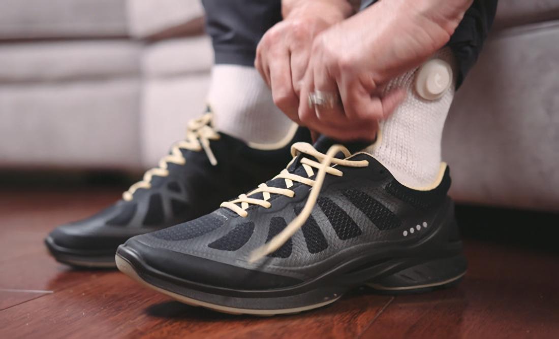 siren-smart-socks-for-diabetes-mellitus-patient-4