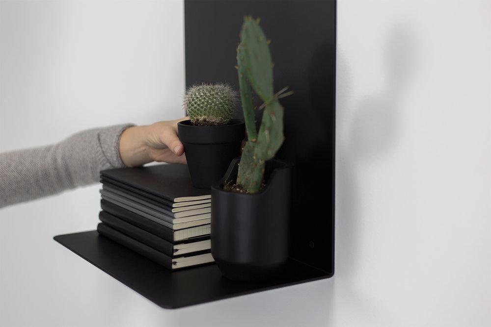 artifox-shelf-white-and-black-5