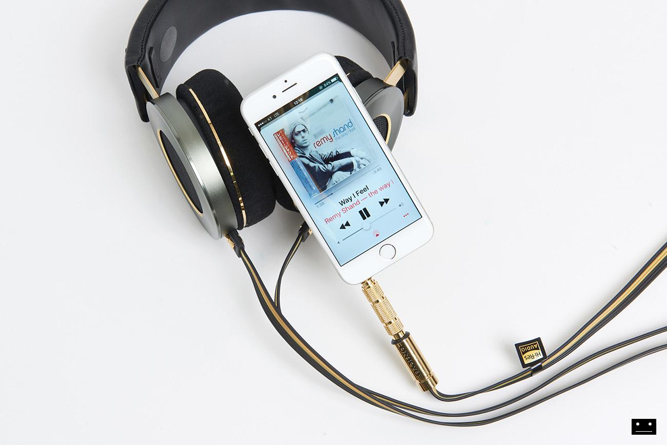 onkyo-hi-res-premium-headphone-a800-11