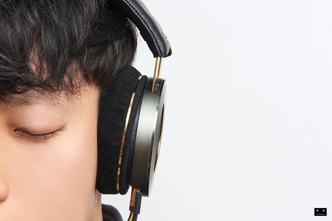 onkyo-hi-res-premium-headphone-a800-6