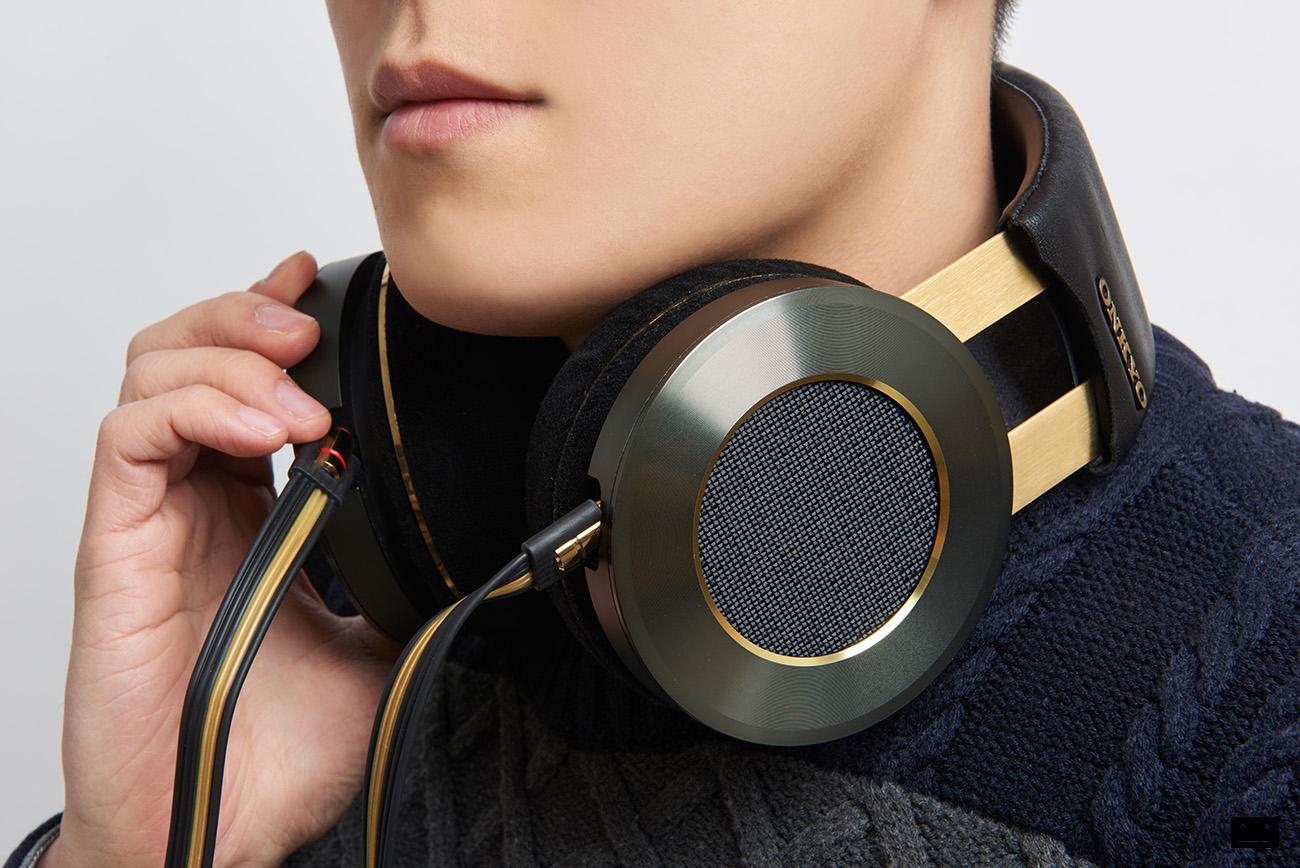 onkyo-hi-res-premium-headphone-a800-8