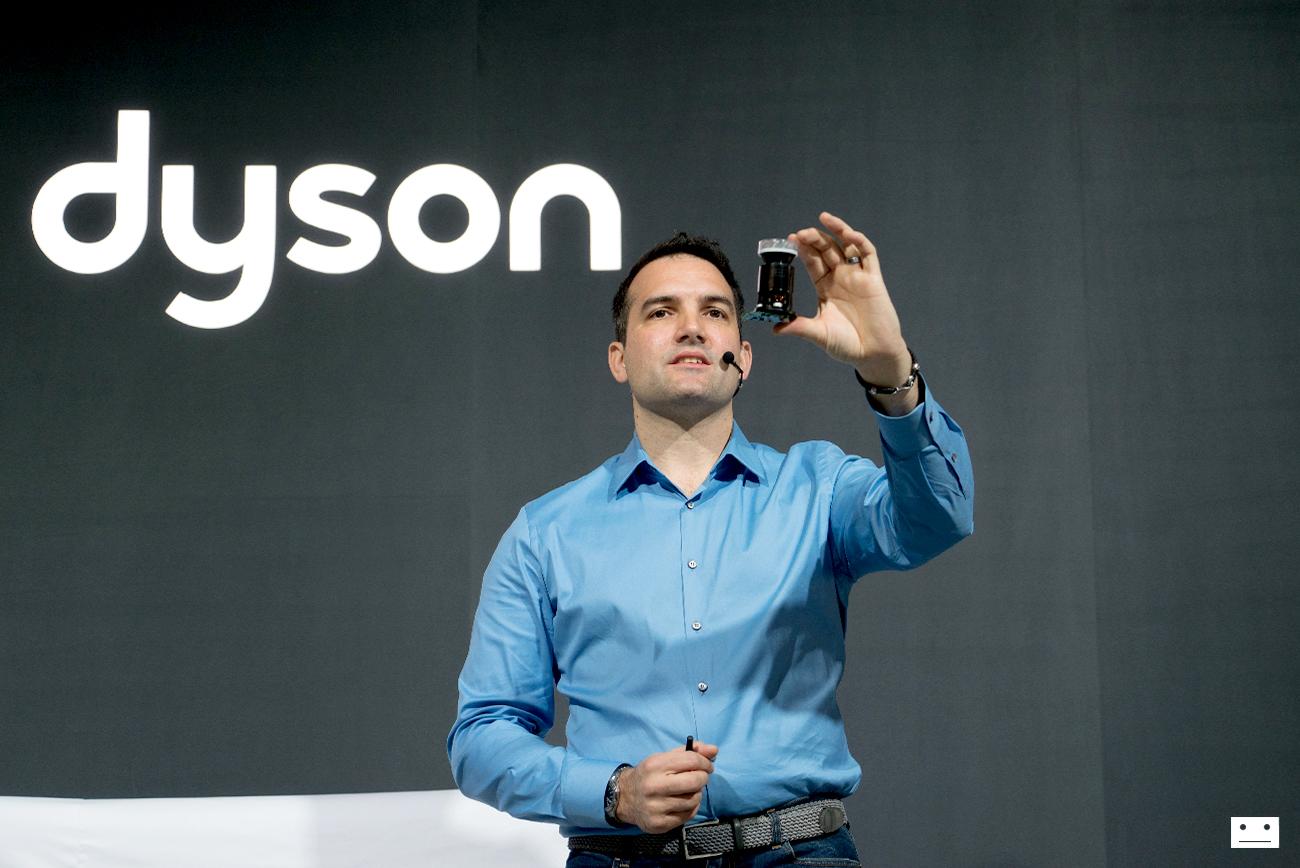 공간을 바꾸는 새로운 가전, 다이슨 싸이클론 V10™ 무선청소기와 다이슨 퓨어 쿨™ 공기청정기
