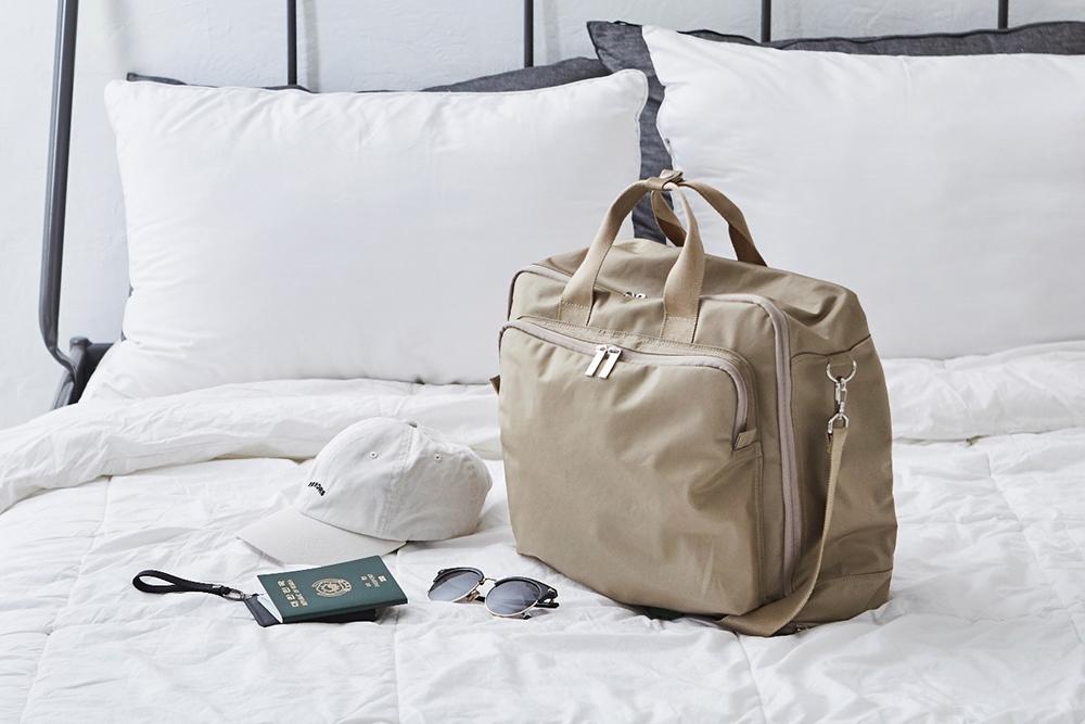 짐을 효과적으로 꾸릴 수 있는 똑똑한 여행 가방